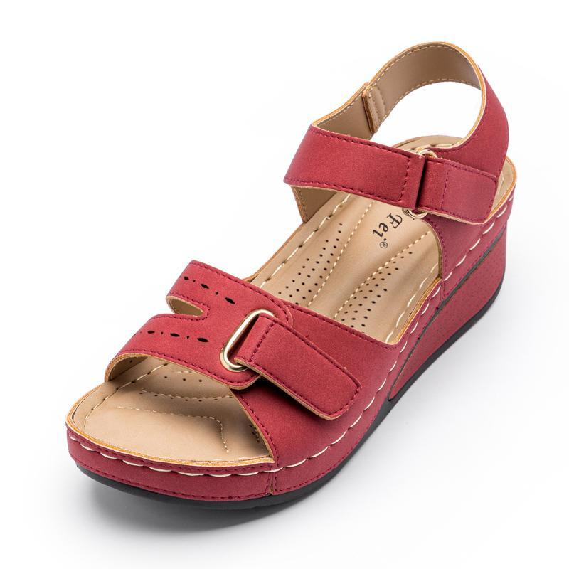 Sandálias da marca Sandálias femininas Leve verão calçados de alta qualidade PU couro cunha sapato vermelho calçado femal plus size