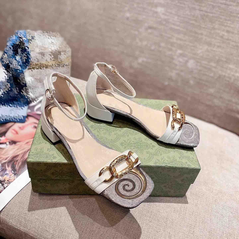 Женщины скользиты сандалии летнее кожаные скольжения сексуальные буквы сандалии дамы пляж флип флопы леди комфортную ходьбу обувь с коробкой