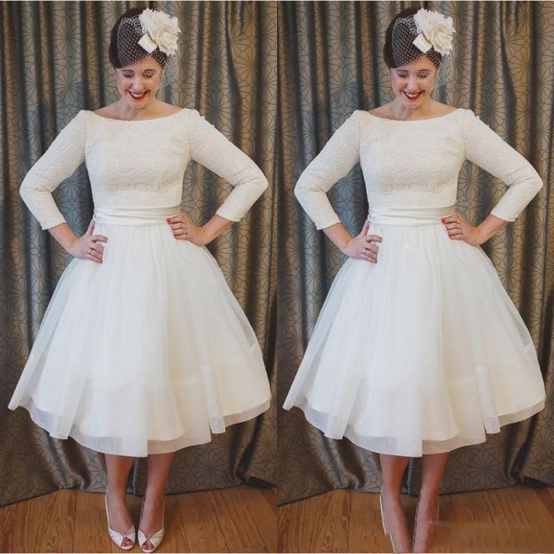 2021 Vintage A Line Short Wedding Dresses Lace Applique Tea Length A Line Scoop Neck 3/4 Long Sleeves Marriage Bridal Gown Plus Size
