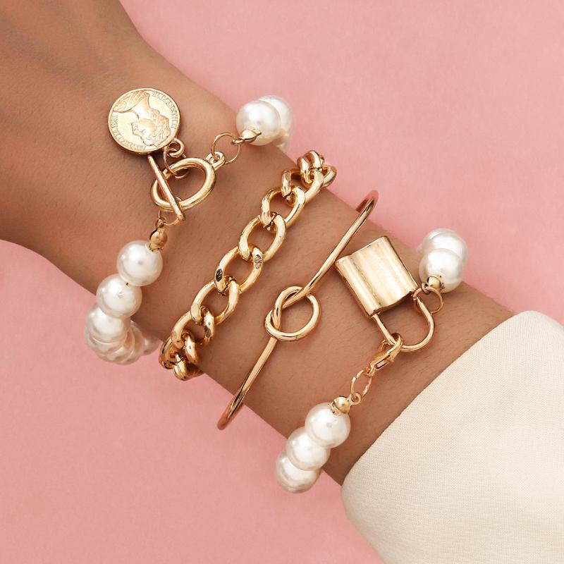 2021 Fashion Gold Color Beads Pearl Star Multilayer Pulseras con cuentas Set para mujeres Charm Party Jewelry Regalo