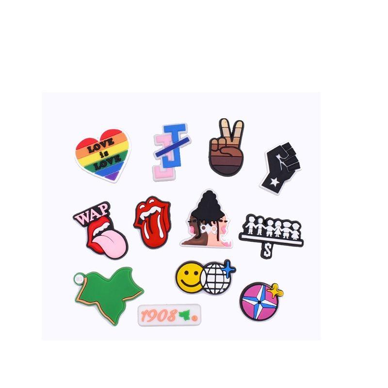Nero simpatico cartone animato in PVC Charms Charms Fibarmi Fibbia Azione Figura Fit Braccialetti Croc Jibz Accessori da scarpe ScarpaDristband Boys Girls Regalo