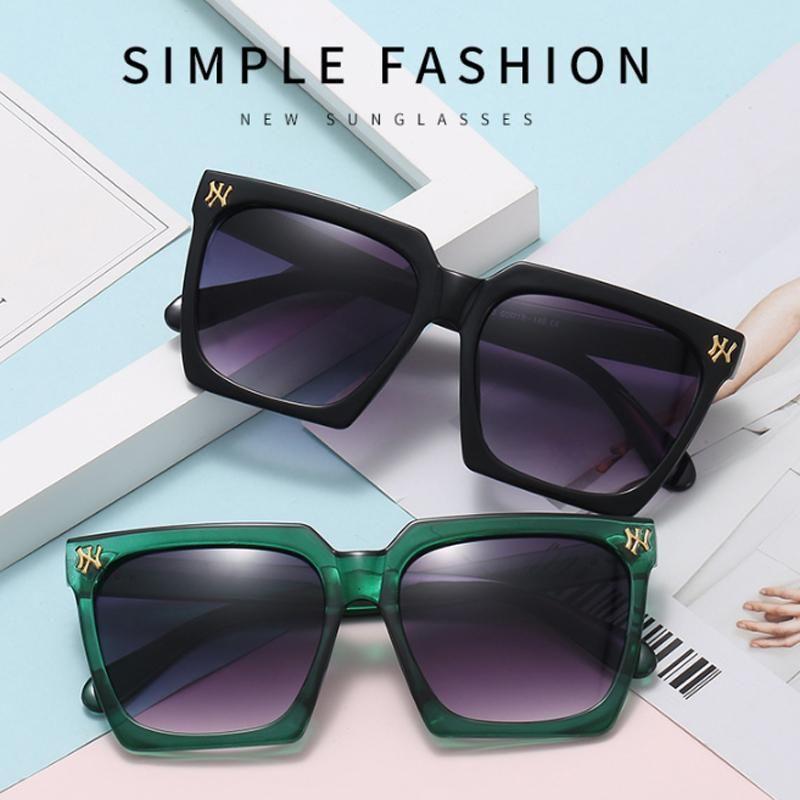 Sunglasses Ladies Square Shaped Women Brand Designer Fashion Cat Eye Frame Clear Gradient Lenses Sun Glasses UV400