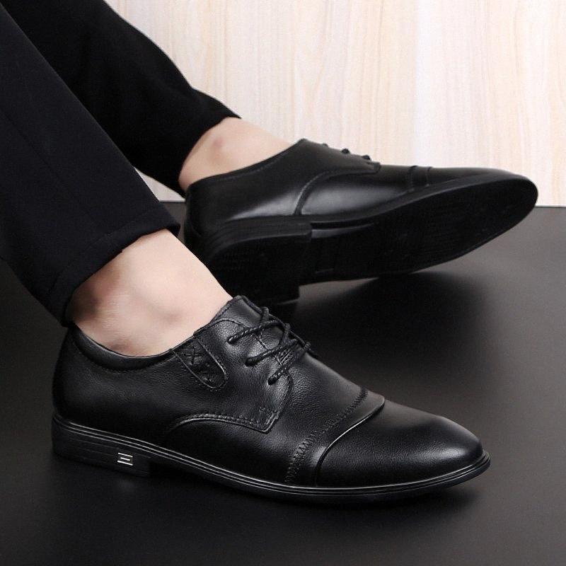 2020 zapatos de hombre de cuero genuino Zapatos de negocios formales de alta calidad Casual Oxford Vestido Hombres Pisos Moda W1UX #