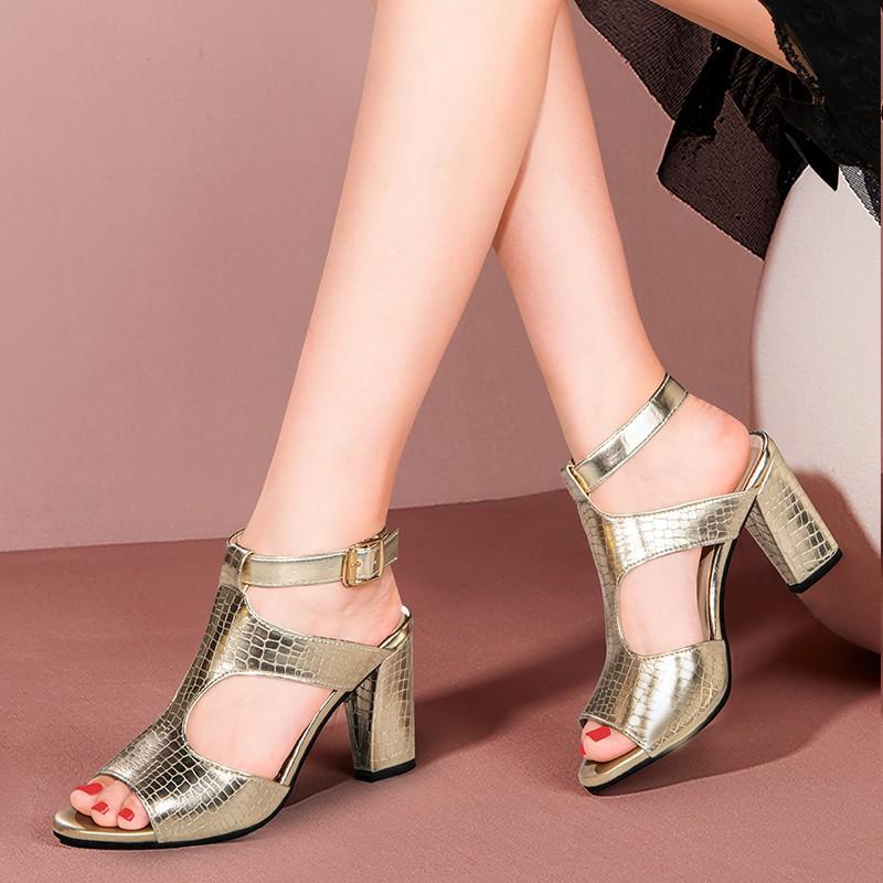 Gladyatör Sandalet Altın Topuklu Sandalet Süper Yüksek Topuklu Elbise Ayakkabı Ayak Bileği Kayışı Pompaları Açık Burun Parti Ayakkabı Mujer 8190N