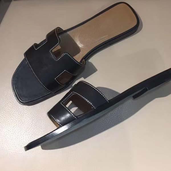 Sandali di alta qualità Slipper Designer Designer Slipper Sandali di modo Super Star Flat Casual Slipper in vera pelle flip flops taglia 34-43 con scatola
