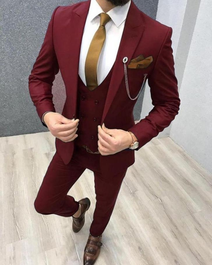 New Arrival Groomsmen Peak Lapel Groom Tuxedos Burgundy Men Suits Wedding/Prom/Dinner Best Man Blazer ( Jacket+Pants+Tie+Vest ) W966