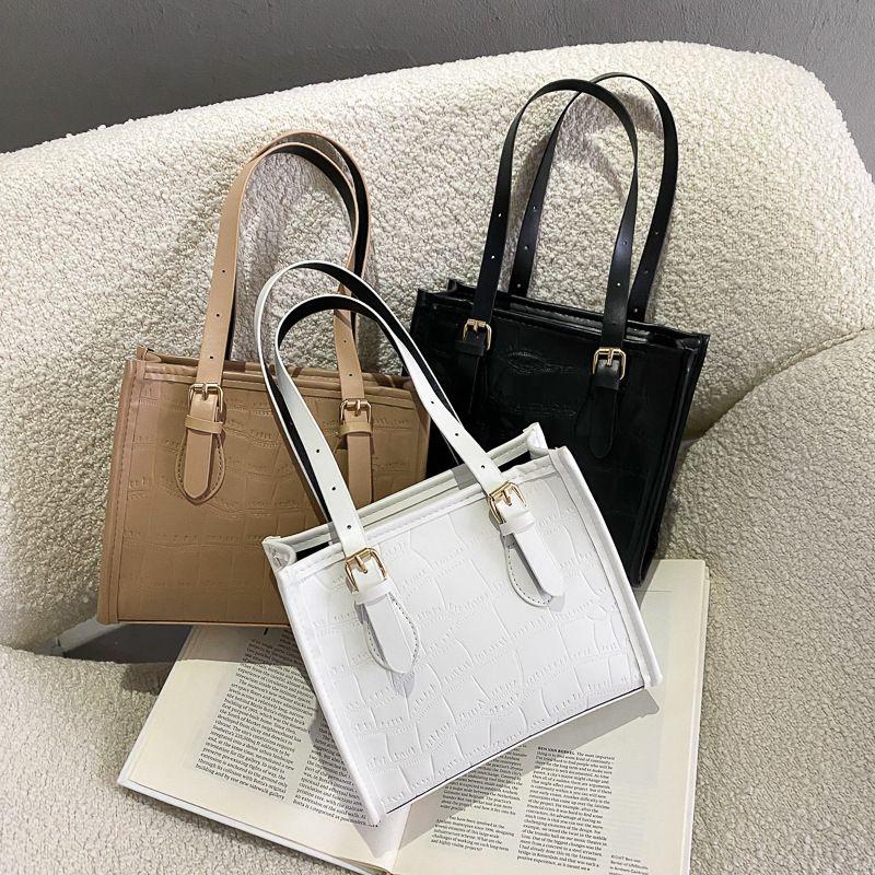 Fashion Brand Women Pu Leather Handbags Ladies Messenger Bags Female Designers Large Capacity Casual Shoulder Bags Underarm Bags C0315
