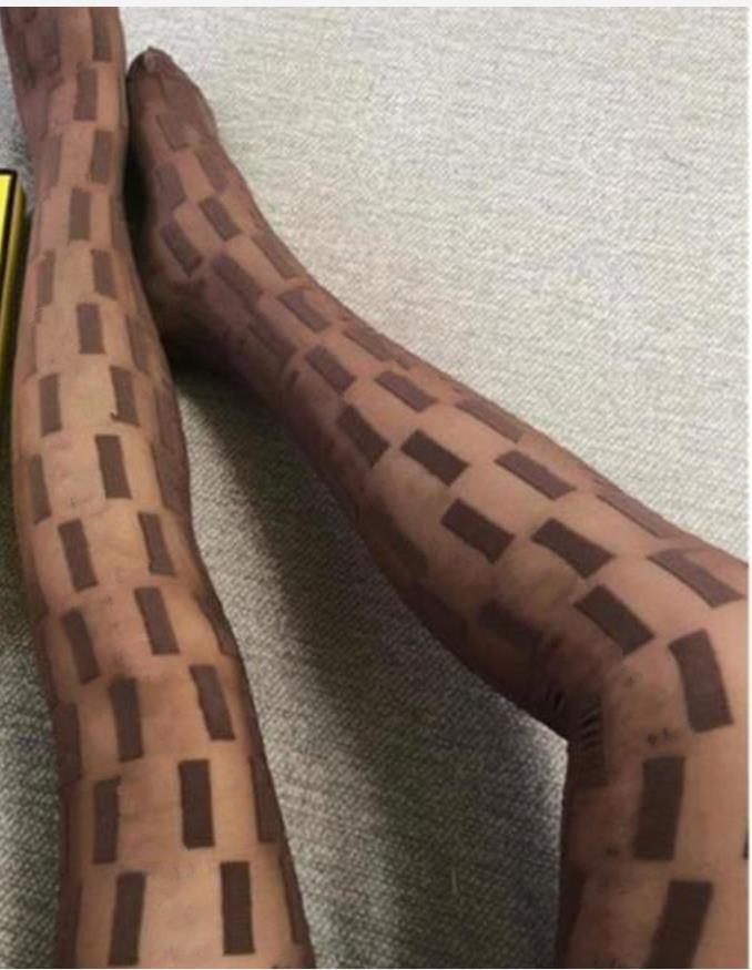 섹시한 긴 탄성 스타킹 스타킹 여성 패션 4 색 디자이너 얇은 메쉬 스타킹 부드러운 통기성 중공 편지 꽉 팬티 호스 레깅스