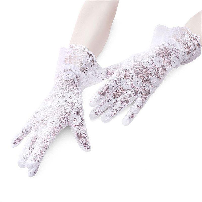 2020 Популярное кружевное короткое раздел Солнцезащитные Перчатки Большое кружево Высококачественная Мягкая вождение Анти-УФ Леди Дышащая перчатка для женщин J306