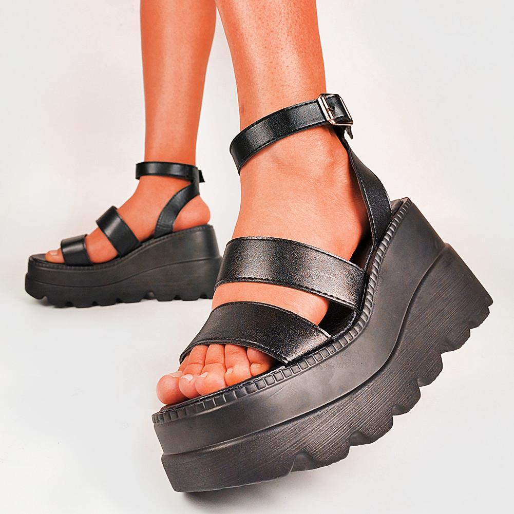 كبيرة الحجم 35-43 العلامة التجارية الجديدة السيدات عالية منصة الصنادل الأزياء عالية الكعب المصارع الصنادل النساء 2021 شاطئ أسافين أحذية النساء J2023