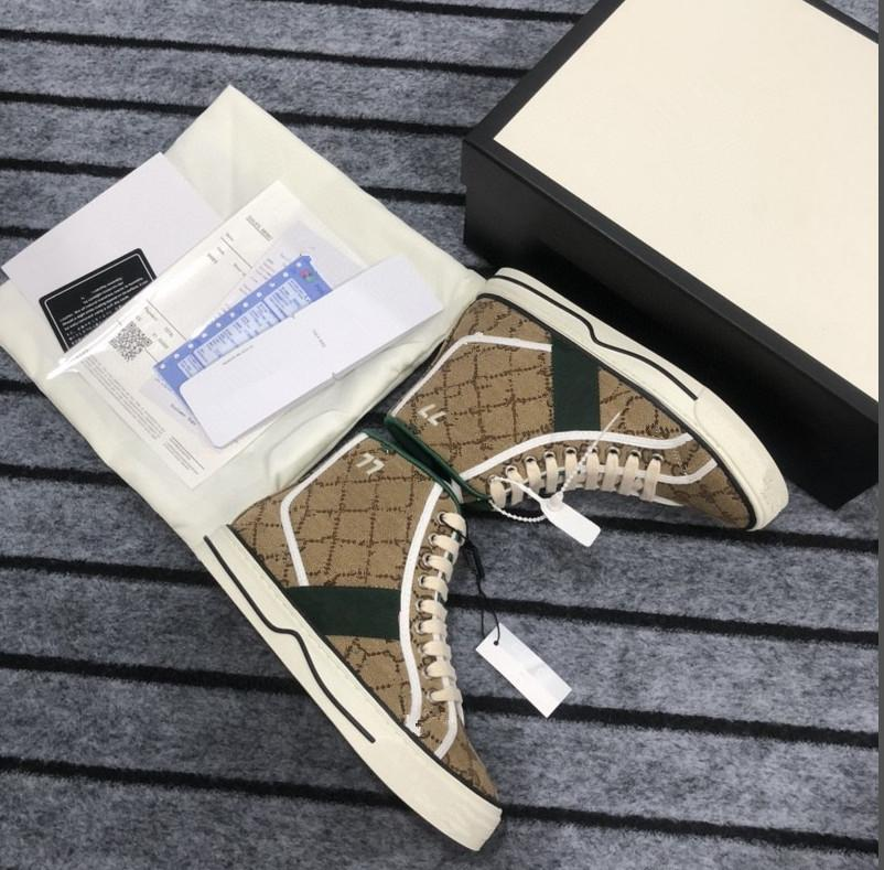 50% de desconto nos designers de qualidade top sneaker homens mulheres de couro real cd branco cor casual borracha sapatos sola para venda com caixaeira de caixa