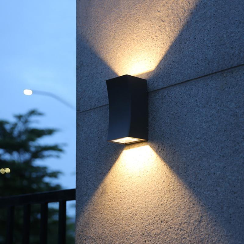 Открытый настенный светильник 18 Вт Движение наружное освещение Современный алюминиевый водонепроницаемый монтажный светильник для виллы крыльцо-сад патио прогон лампы