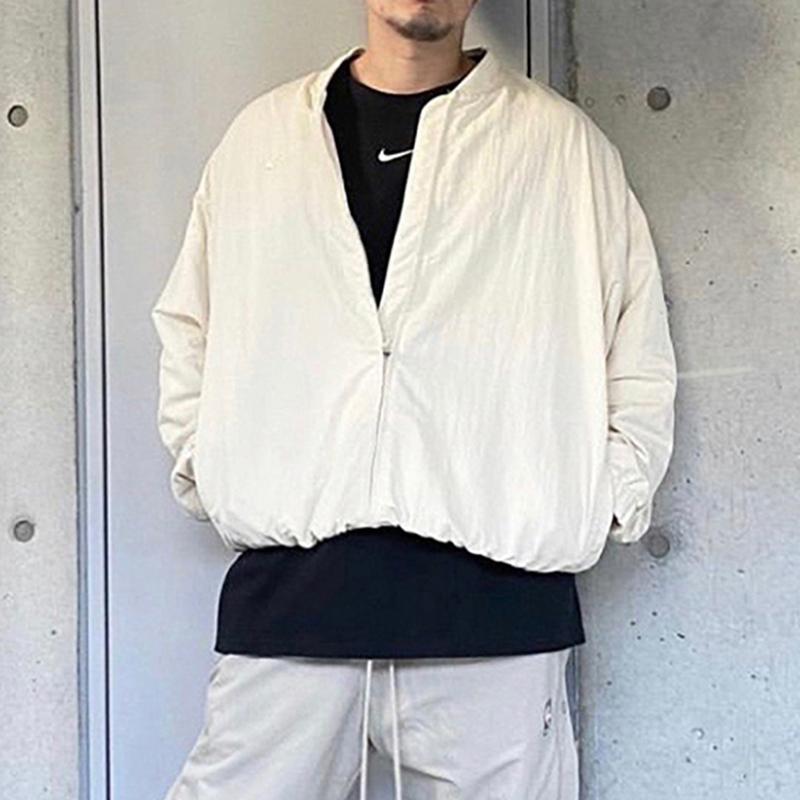 Воздух страх перед Богом прогревая куртка Новый туман бренд коллаб бежевый баскетбол куртка мужчины повседневная спортивная хип-хоп уличная одежда MG210011