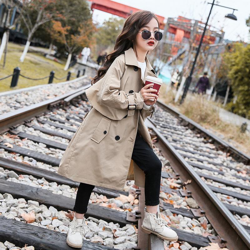 Девушки траншея пальто детей 2021 новая весенняя осень пряжка с длинным рукавом одежда средняя длинная куртка детей зима девушка ветровка
