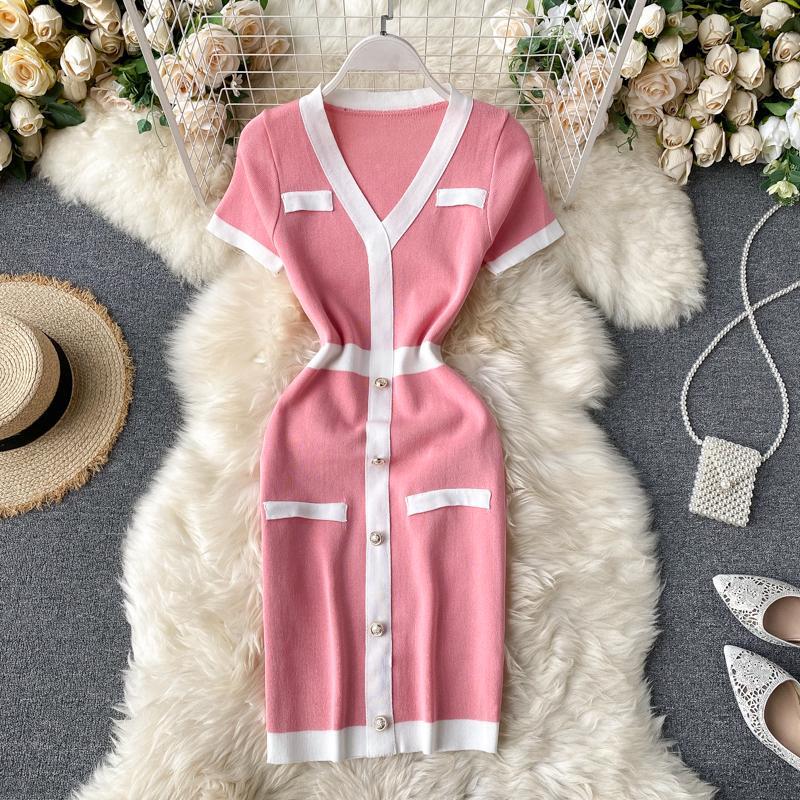 새로운 디자인 여성 패션 레트로 우아한 싱글 브레스트 패치 워크 짧은 소매 V 넥 니트 연필 드레스 컬러 블록 짧은 드레스