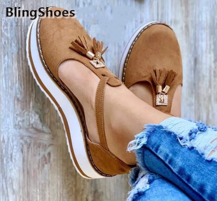 2021 летние новые женщины сандалии модные кисточки пряжки ремешка платформа пятки плоские сандалии женские плоские туфли повседневные плюс размер обувь