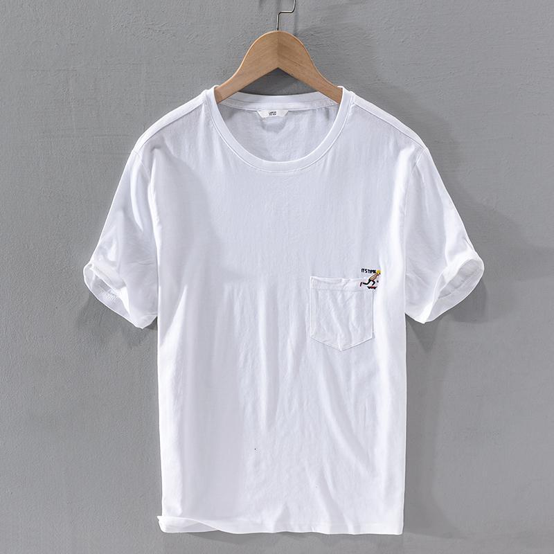 2021 Nouveau t-shirt à manches courtes à manches courtes brodées à manches courtes à manches courtes pour hommes respirant blanc tshirt masculin ooys