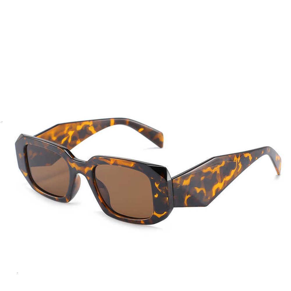 Designer PC Frame Sunglasses Diamond gammbre moda uomo da uomo all'aperto e occhiali da tendenza da donna Multi colore opzioni Ye