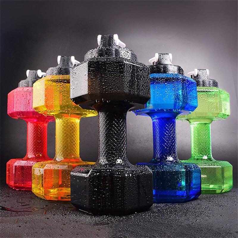2.2L زجاجات المياه الدمبل الرياضة غلاية رياضة المحمولة البلاستيك اللياقة البدنية كأس في الهواء الطلق السفر غلايات