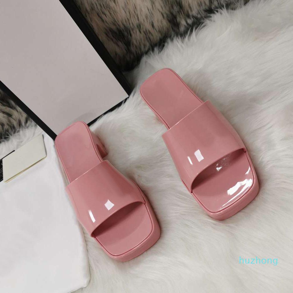 Heiße Verkauf-Damen-Gummi-Hausschuhe 2021 Neue dicke Fersen-Quadrat-Zeh-Hausschuhe High Heeled Frauen Fersenhöhe 5.5cm Frontabsatzhöhe 2.5cm mit Box