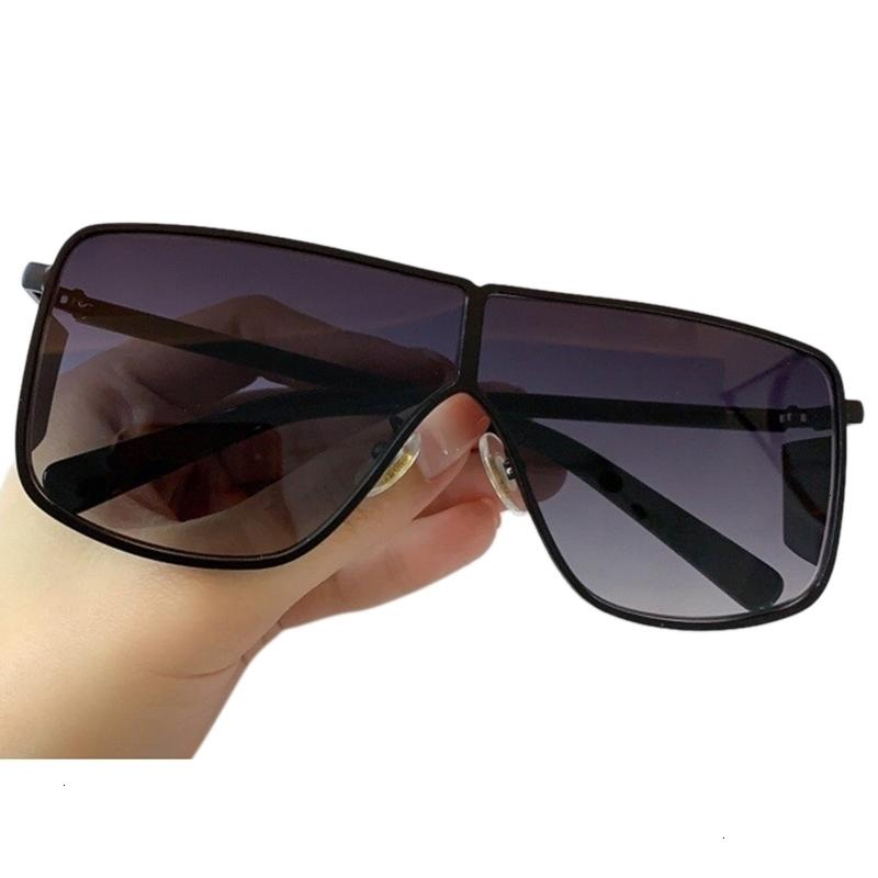 """01 Designer Eyeglasses economici Vendita per uomo e donna in 2021 """"è un lussuoso occhiali da sole in metallo"""