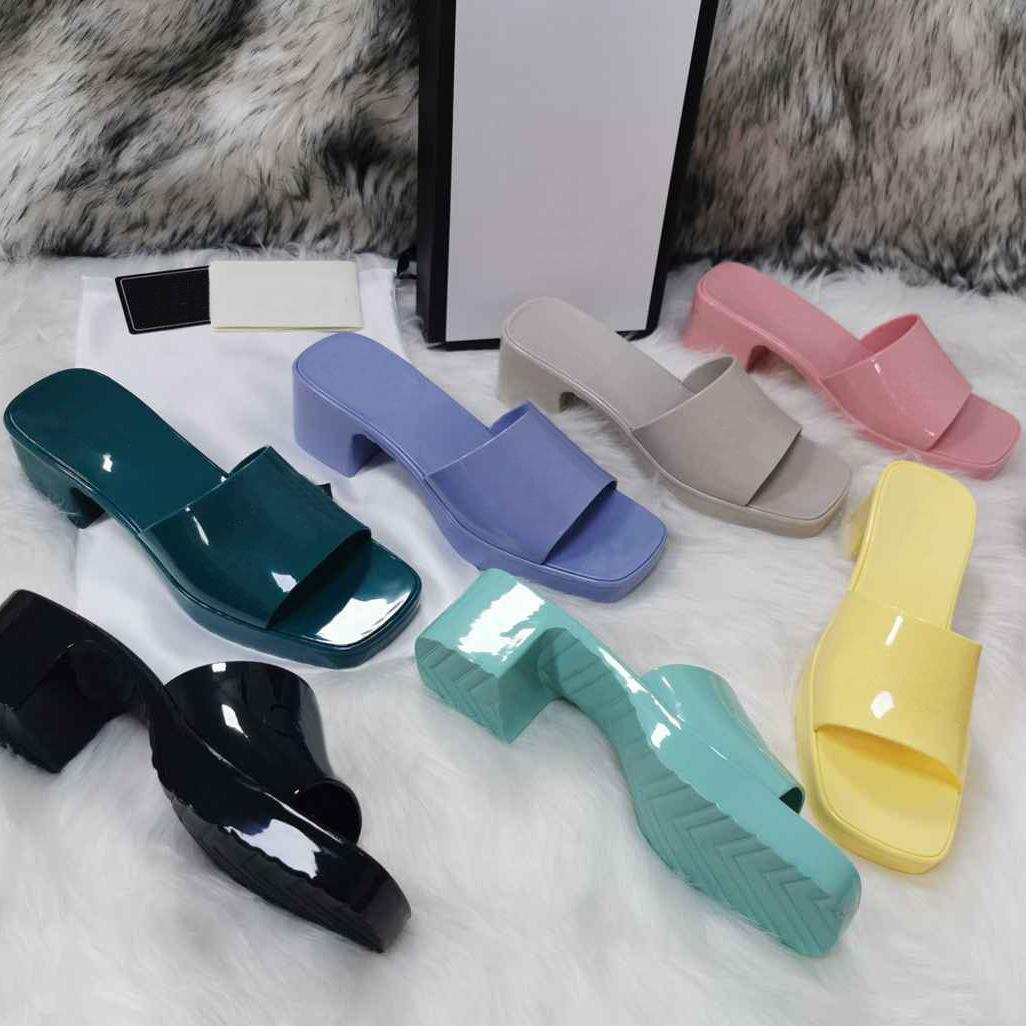 2021 Heiße Frauen Gummi High Heel Slide Sandale 6 cm Plattform Slipper Rosa Grüne Candy Colors Outdoor Beach Folien Hausschuhe Flip Flops mit Box