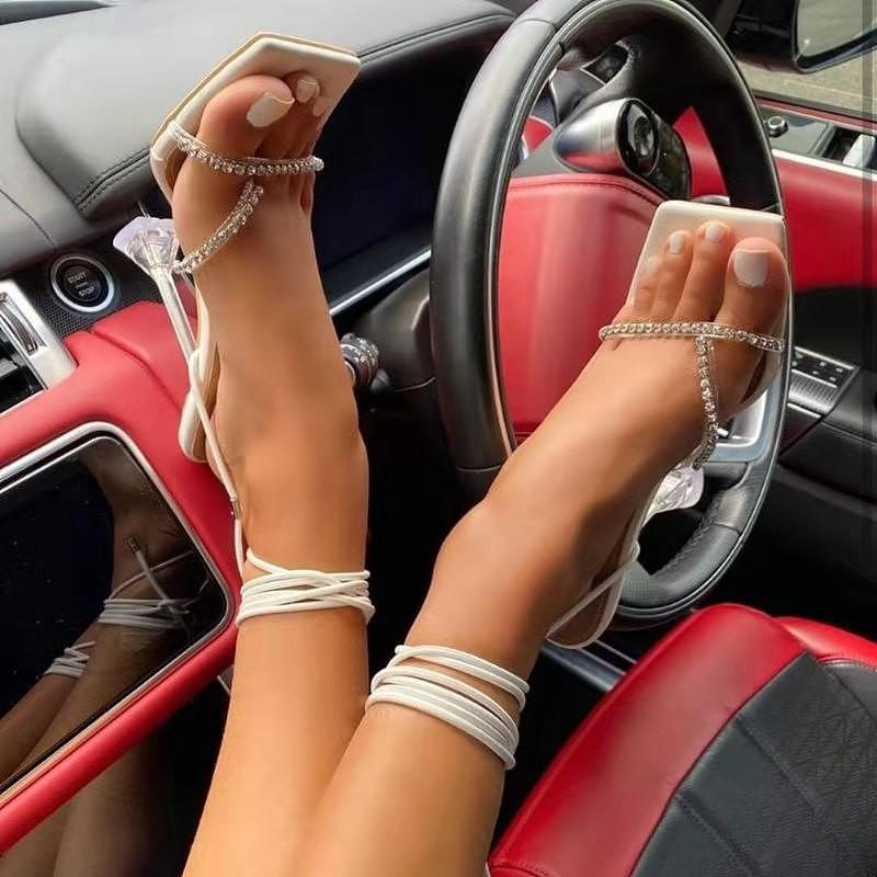 2021 Sommer Frauen Sandalen Schmalband Vintage Quadratische Zehe High Heels Querband Tanga Sandalen Frauen V Form Design Schuhe