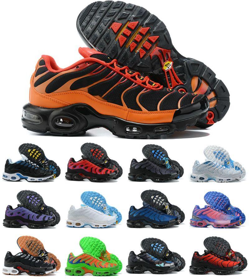 2021 TN الاحذية رخيصة TN مدرب جودة عالية الهواء زائد chaussures طلب الثلاثي الأبيض أسود لامع رمادي مصمم أحذية رياضية zapatillas