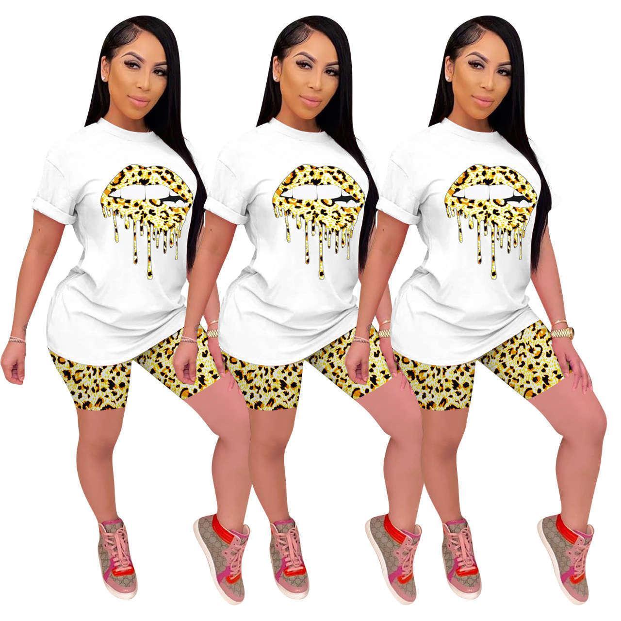 Imprimir Trajes de manga corta de verano Tshirt Tshirt Casual Shorts Famale Designer Sport Traje para mujer Leopardo