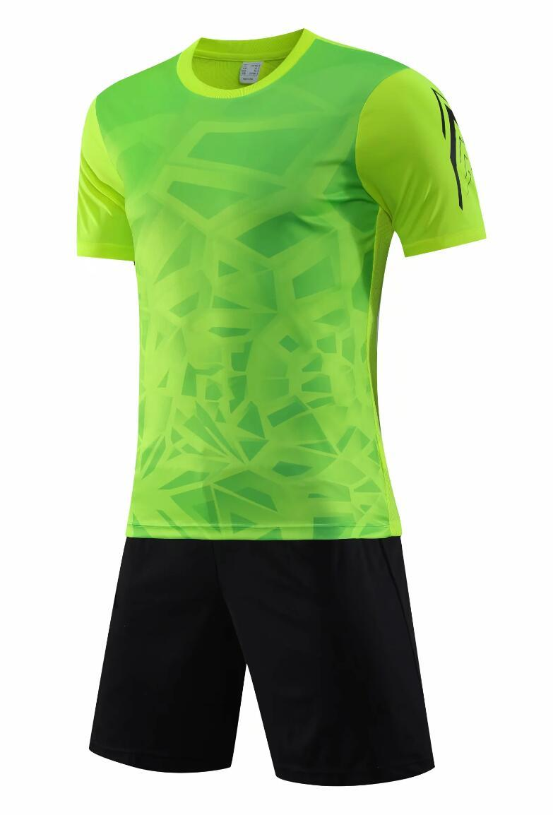 0120 Hommes Football Shirt Kits Jersey Soccer Jersey Taille adulte Taille à manches courtes Suit Jogging Tracksuit Set