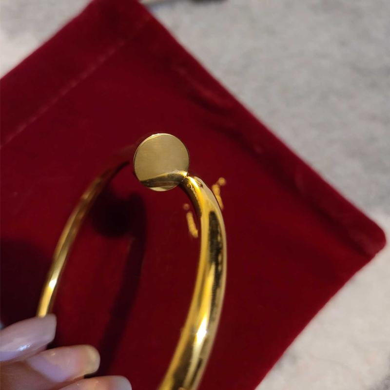 Hip Hop Armbänder Frauen Brief Nagel Armband Diamant Armreif Titanium Stahl Gold Silber Rose Modeschmuck Zubehör