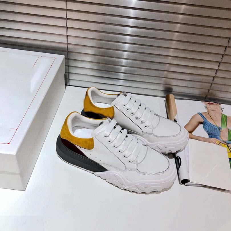 2021 Designer Womens Shoes Branco Tribunal de Couro Treinadores de Oversized It Sneaker Sapateiro Treinador Nappa Camurça cauda para mulher plataforma Paizinho