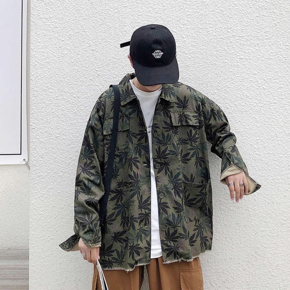 Свободная мужская весна осень осень модный бренд корейский кленовый лист одежда тренды камуфляж джинсовая куртка