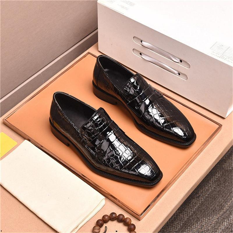 18SS дизайнеры мужчины мода кожа Doug повседневная плоские кисточки проскользнутые водителя платье мокасины заостренные носки мокасин свадебные туфли