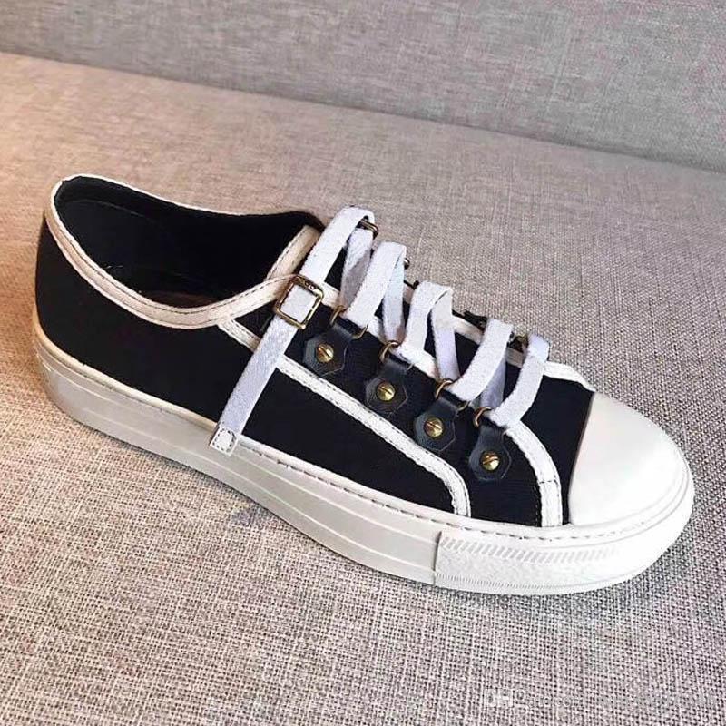 Beliebte Läufer Mesh Schuhe Lace-up Patchwork Mischfarben Niedrige Schnitt Mode Paar Lässige Wanderschuhe günstig