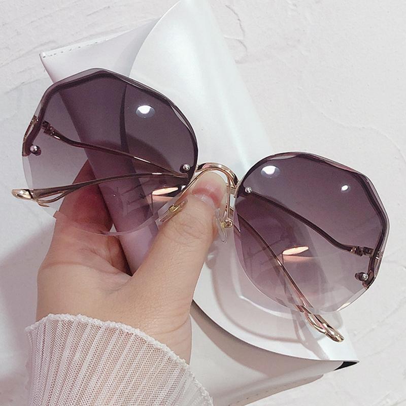 여성을위한 무위 라운드 선글라스 패션 여성 꽃 트리밍 갈색 바다 태양 안경 여성 oculos feminino