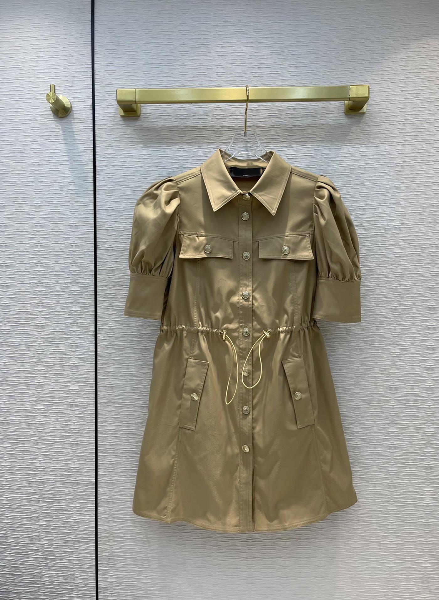 Milan Pisti Elbise 2021 Yaz Yaka Boyun Kısa Kollu Panelli Tasarımcı Elbiseler Marka Aynı Stil Kadın 0530-15