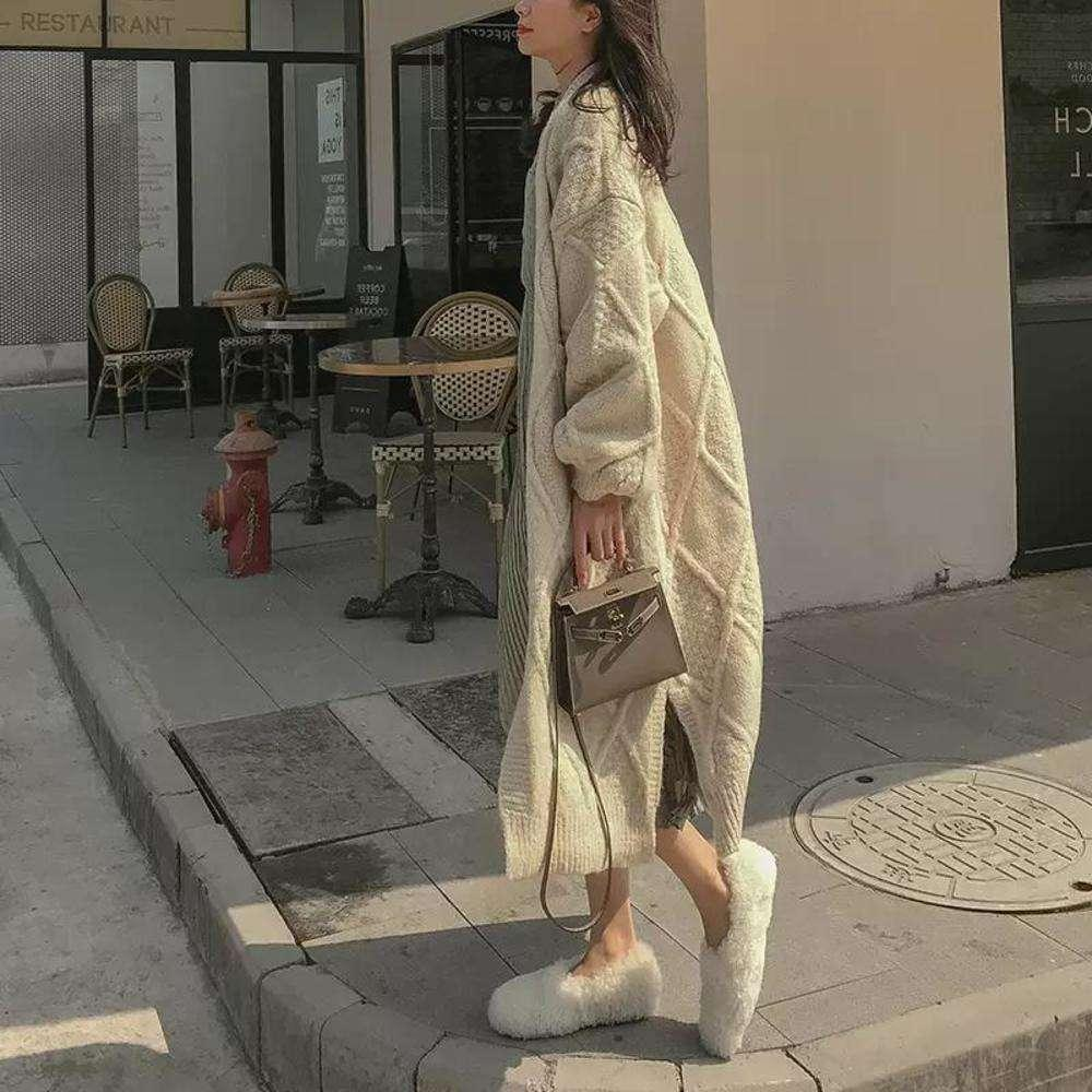 Chaqueta de suéter larga espesada de giro para el otoño e invierno de las mujeres 2020 NUEVO NUEVO NUEVO NUEVO NUEVO SOFT SOFTY MEDIVO PERRO PERRO LEOTE OTERIOR HECHO CARDIGAN