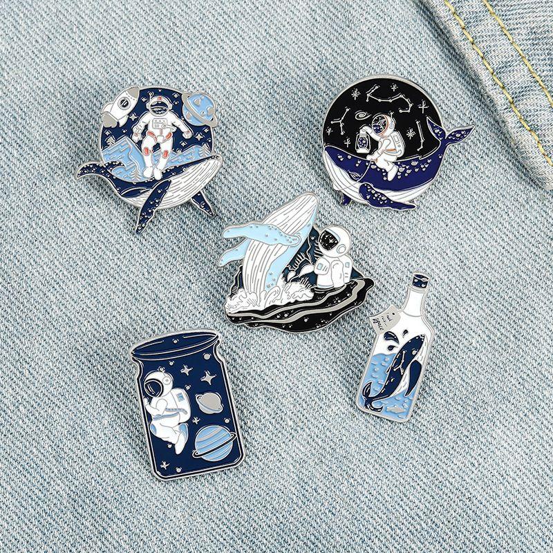 에나멜 브로치 핀 고래 우주 비행사 브로치 옷깃 핀 배지 여성을위한 패션 쥬얼리 선물 아이들의 윌과 샌디