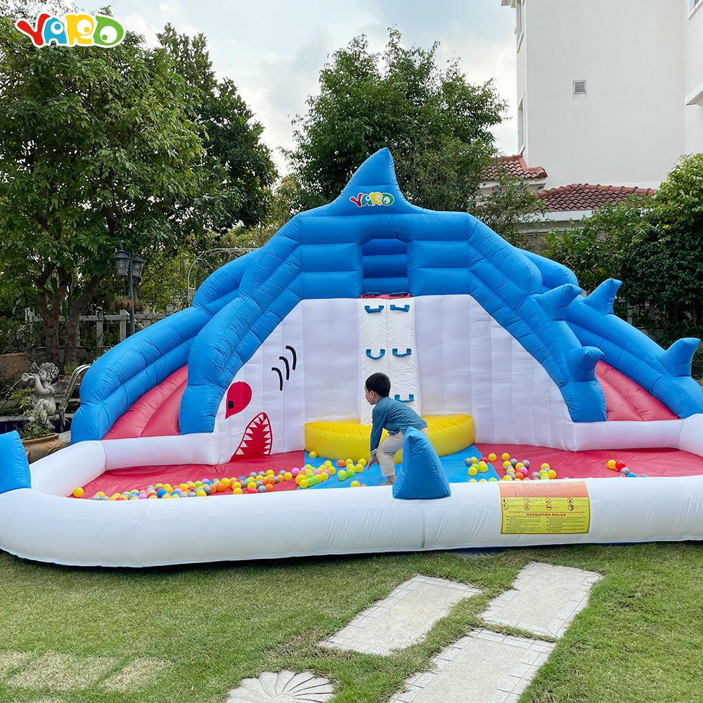 Jardim Hot selling Splash Piscina Piscina Uso Inflável Slide Water Park Brinquedos Com Blower