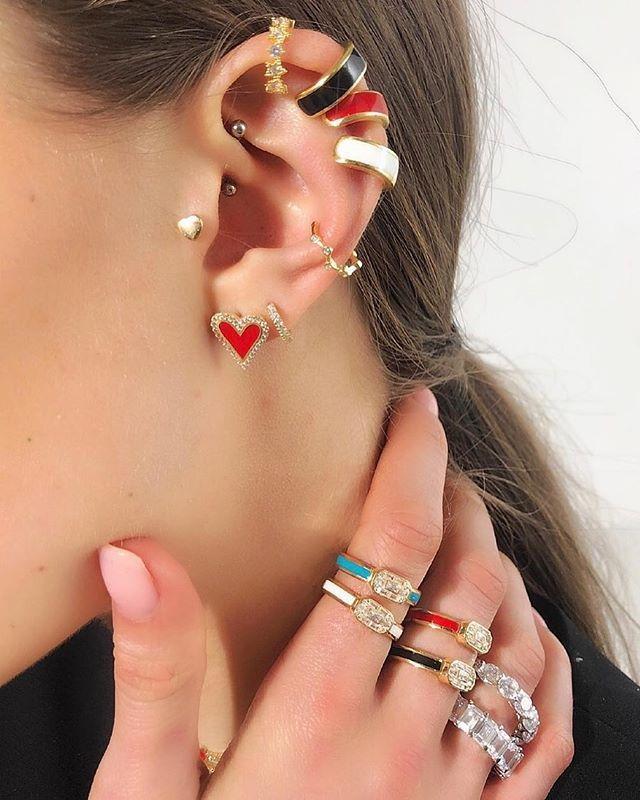 Мода эмаль сердца серьги серьги черный красный белый синий 4 цвета минимальные ювелирные изделия проложены четкие CZ для девушек женские дамы любовь подарки