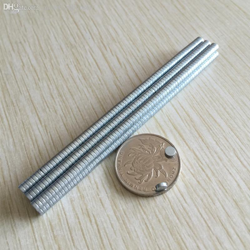 В наличии 100PCS Сильные круглые NDFEB Магниты Dia 3x1.5mm N35 Редкоземельный Неодимий Неодимия Постоянное ремесло / DIY Магнит Бесплатная Доставка