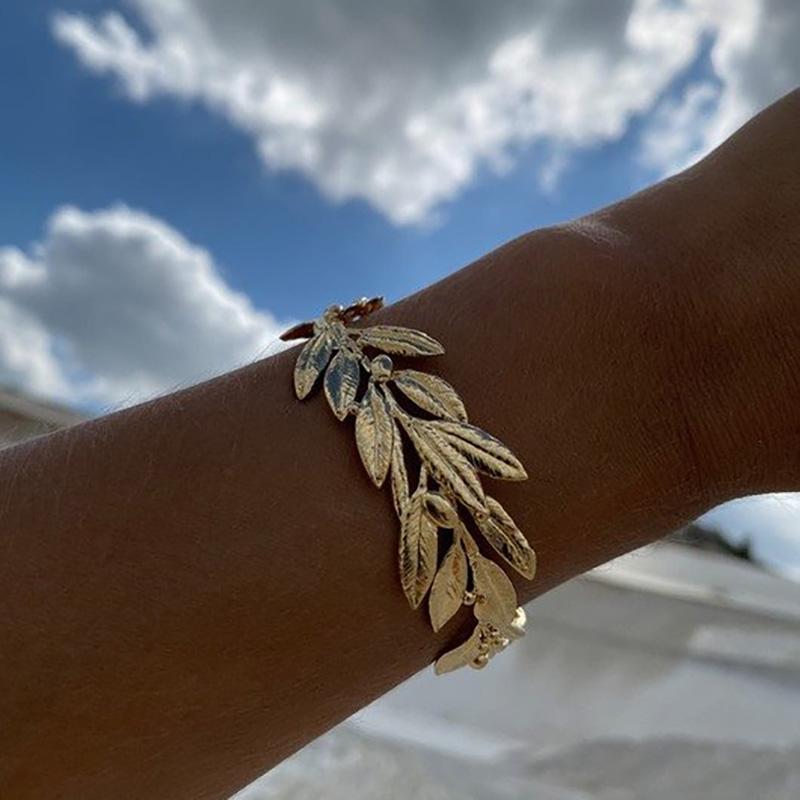 2021 Nueva Joyería de Desinger Eco-Frendly Cómoda Cómoda Pulsera de Planta Amplia Moda Oro Textured Hoja Cuff Bangles Gor Women