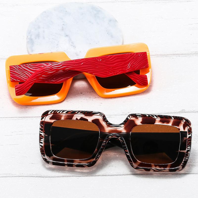 2021 New Fashion Carved PC Frame Sunglasses Versatile Sunglasses for Men Women Colorful Glasses Hot Sexy Classic Retro Designer Sun Glass