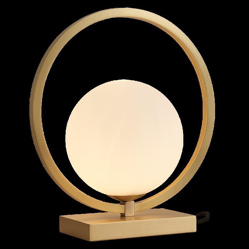 Minimalista Minimalista Lámpara de mesa de cobre Luz creativa Estudio de lujo Mesa de noche Lámpara decorativa