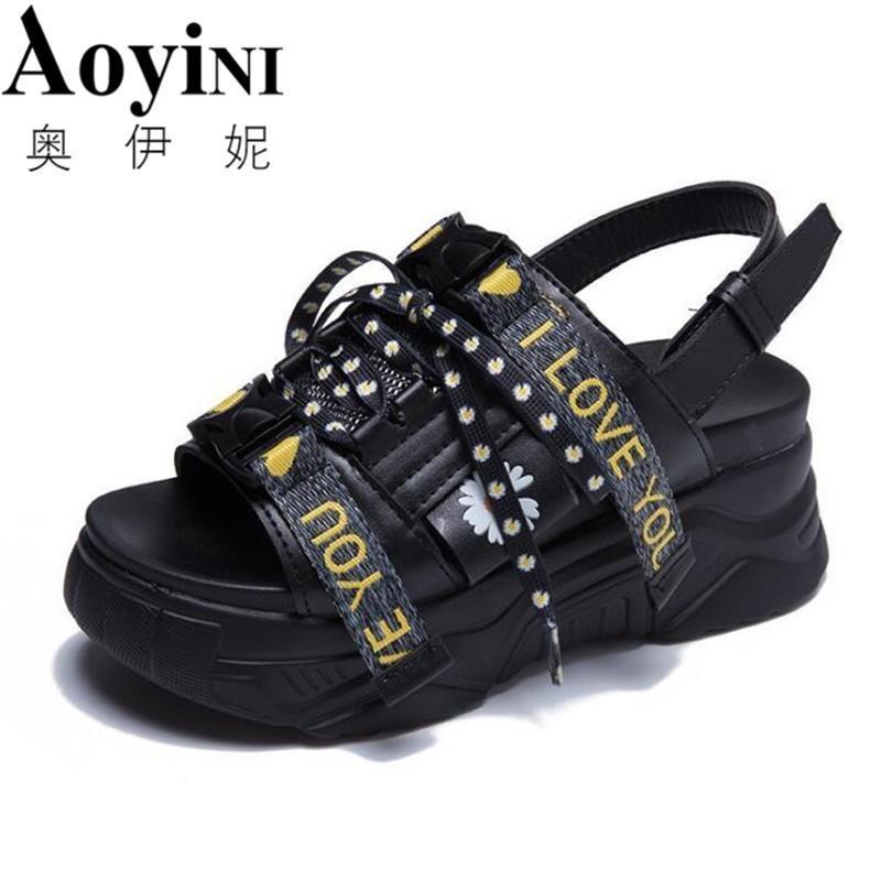 2021 летняя мода хризантема клина сандалии женщины толстые единственные платформы кожаные тапочки тапочки женские белые черные