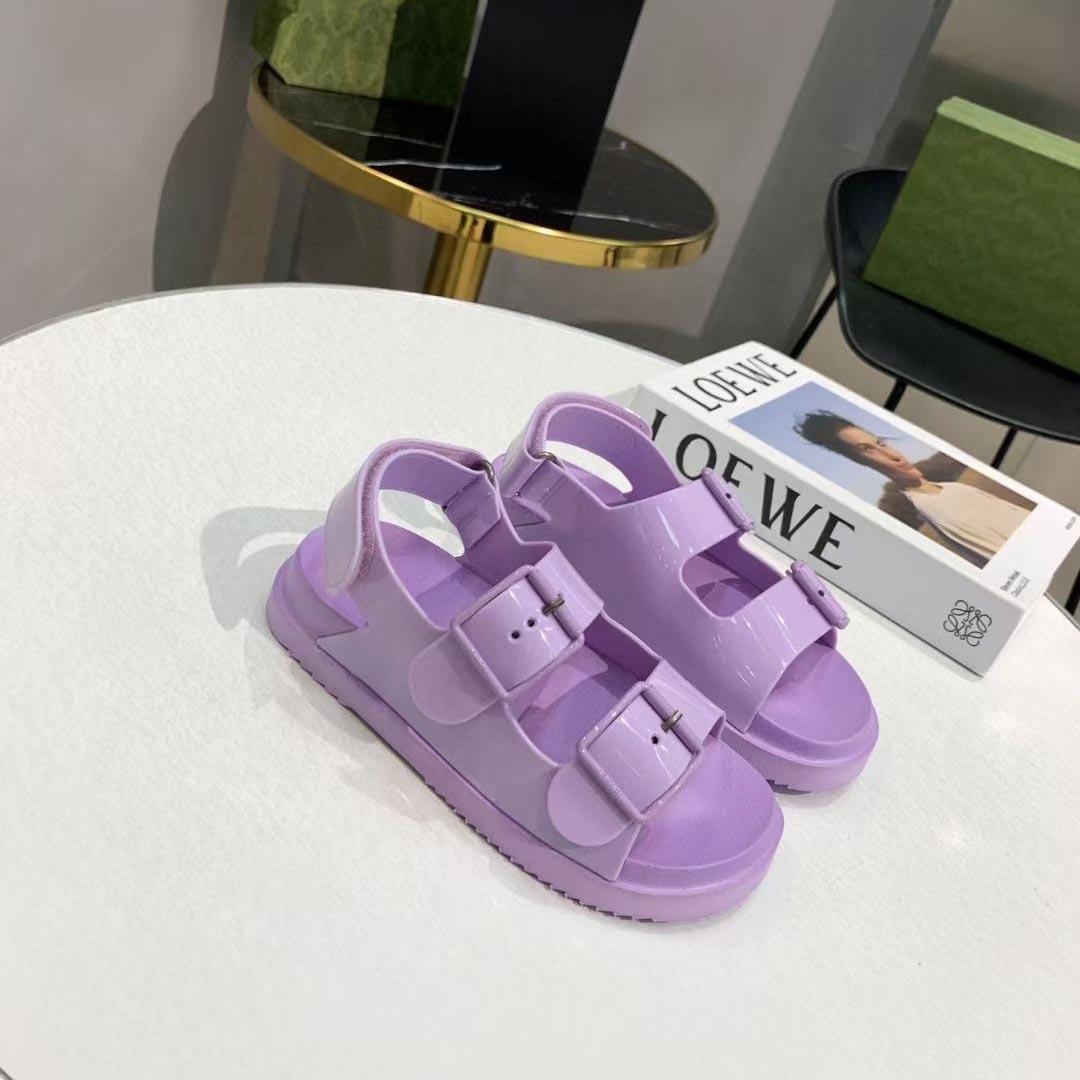 2021 Designer Top Designer Donne di lusso Sandali Sandali Moda Summer Signore Appartamenti Beach Pantofole da spiaggia Lastost Donna Casual Slides with logo Box di grandi dimensioni 35-46
