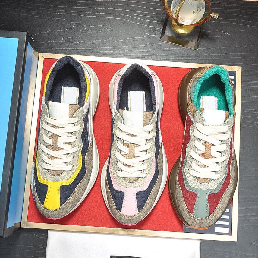 2021 Designer Rhyton Sneakers Sports Shoes Sports Beige Hombres Entrenadores Vintage Chaussures Ladies Casual Zapato con la caja Tamaño 35-46