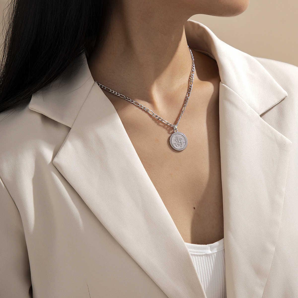 Basit tek katmanlı 3: 1 zincir kadınsı yuvarlak alaşım kolye kolye