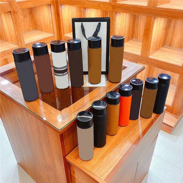 Thermoses de 500 ml Diseñadores de lujo 304 Acero inoxidable Impreso Moda Modelo de moda Aisulado térmico Taza de botella